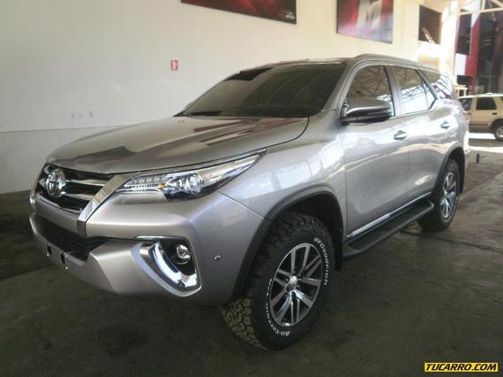 Toyota Fortuner Vx.r