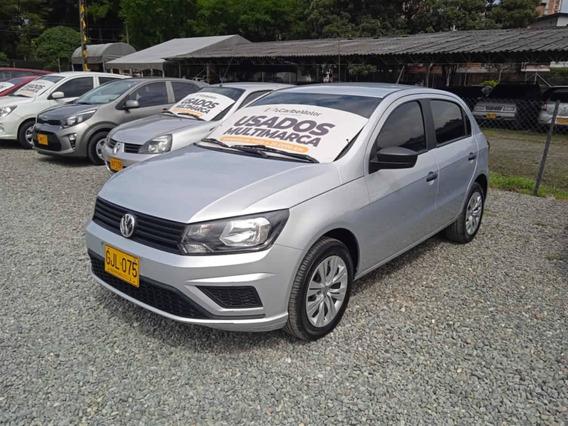 Volkswagen Gol Trendline Mt 1.6cc Gris Plata 2020 Gjl075