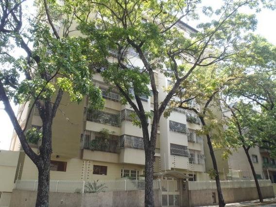 Apartamento En Venta 20-16428