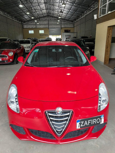 Alfa Romeo Giulietta Sprint - 54.000 Kms - Año 2016