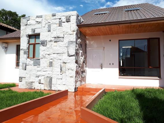 Vendo Preciosa Casa Independiente En Ambato.