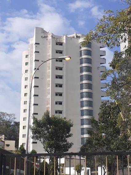 Hermoso Apartamento En El Parral De 320mtrs