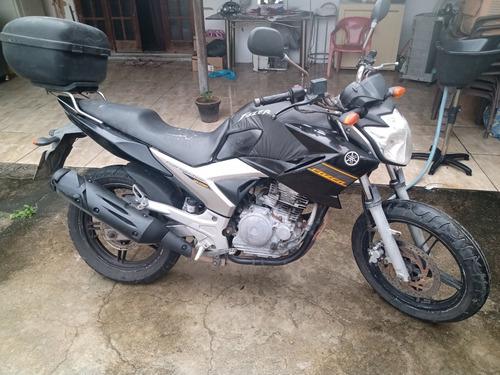 Imagem 1 de 2 de Moto Fazer 250cc. Ano:2010/2011