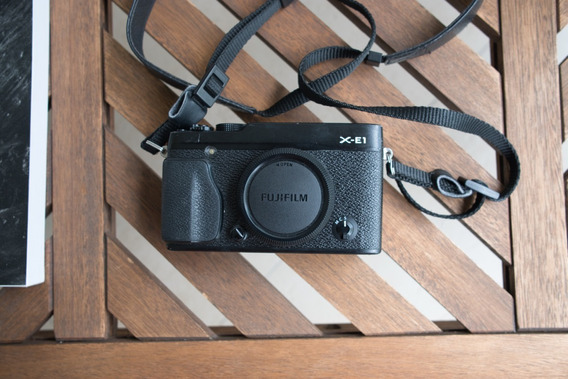 Fujifilm Xe1 Rangefinder- Câmera Digital - Só Corpo