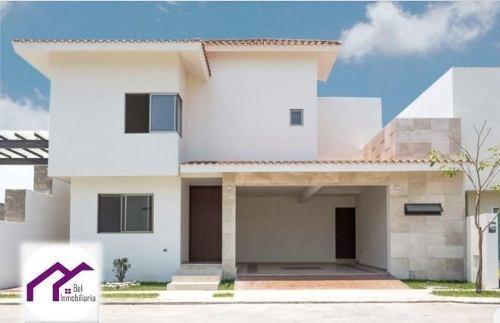 Casa En Venta En Puerta Azul Zona Country Villahermosa