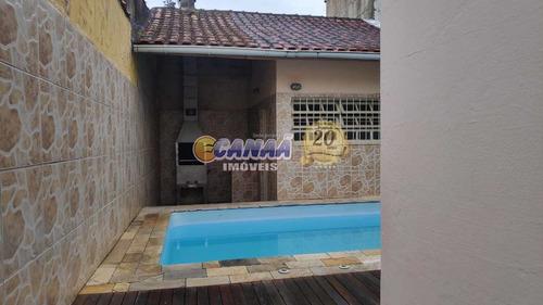 Casa Em Mongaguá Com Piscina . - V8199