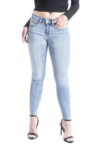 Pantalón Denizen® Mujer Super Skinny Corte Colombiano Con Bo