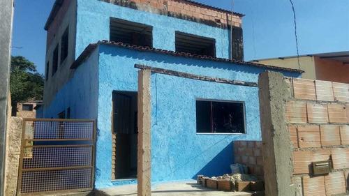 Troca / Vende Casa   2 Andar  4 Quartos,3 Banheiros, Quintal