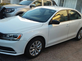 Volkswagen Jetta 2.0 L4 Man At 2015