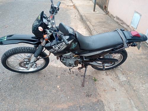 Imagem 1 de 3 de Yamaha Xt225