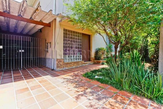 Casa - Alto De Pinheiros - Ref: 99899 - V-99899