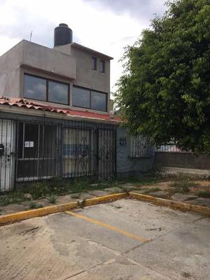 Casa De 3 Recamaras 2 Baños, Estudio, Terraza, Sala-com-coc