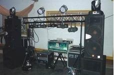 Alquiler De Miniteca Sonido E Iluminación Profesional