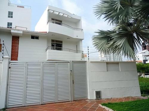 Imagen 1 de 17 de Casa En Venta En Barranquilla Villa Santos