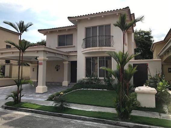 Vendo Casa Espectacular En Paseo Dorado, Condado Del Rey