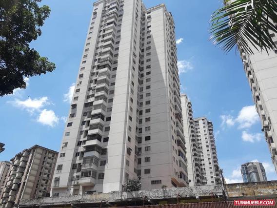 Apartamentos En Venta En La Candelaria Mv #19-10423