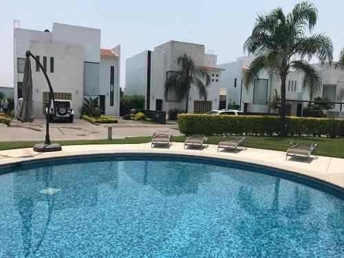 Remate Casa En Cluster En El Fracc Paraíso Country Club