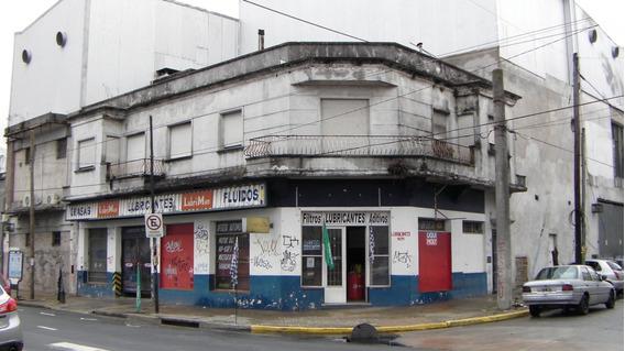 Dueño Vende Esquina Local + 2 Dptos San Martin Financiamos!!