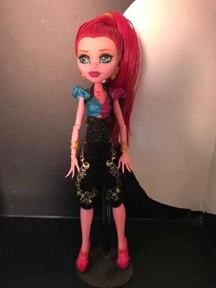 Boneca Monster High Gigi Grant
