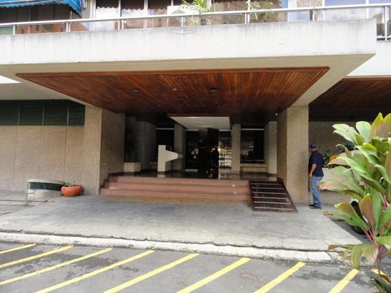 Apartamentos En Venta - Mls#17-9711