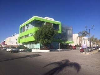 Consultorio En Renta En Queretaro, Sobre Jurica La Campana, Juriquilla.