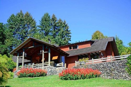 Imagen 1 de 30 de Espectacular Casa A Orillas Del Lago Villarrica