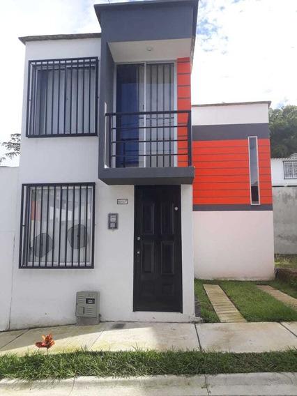 Casa En Perfecto Estado Tiene 3 Habitaciones 2 Baños