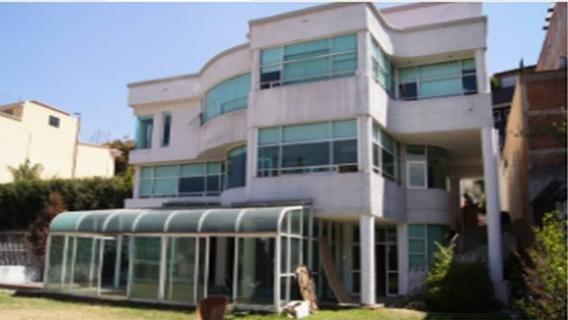 Residencia En Bosques De Las Lomas, Cuajimalpa. Cd Mx. Remate Bancario