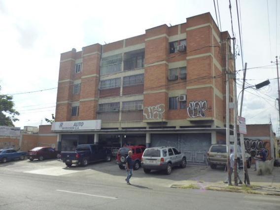 Apartamento En Venta Barquisimeto 20 3319 J&m 04121531221
