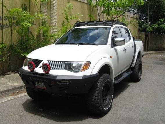 Mitsubishi Spotero L200 3.5l Pick Up 4 Puertas