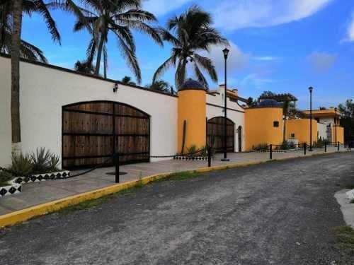 Vendo Extraordinaria Hacienda En Fraccionamiento Verasur (riviera Veracruzana)