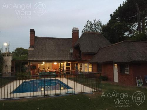 Casa  En Alquiler Anual- Rincón Del Indio
