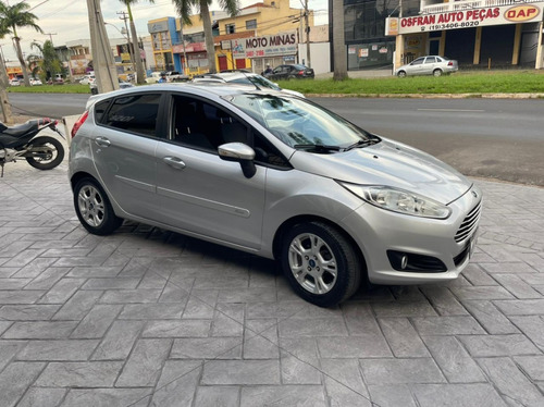 Ford Fiesta 1.5 Se Hatch Flex 2014