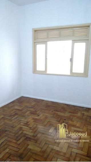 Casa A Venda No Bairro Centro Em Nova Friburgo - Rj. - 1380-1