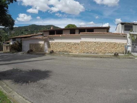 Casa En Venta Prados Del Este #18-988
