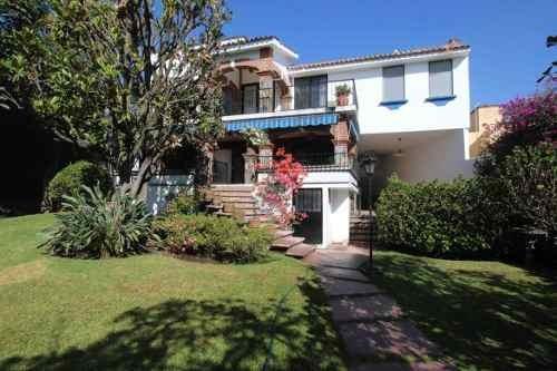 Casa Sola En Jardines De Delicias / Cuernavaca - Ber-805-cs