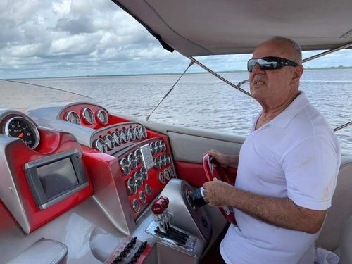 Imagem 1 de 9 de Lancha Superboat V52