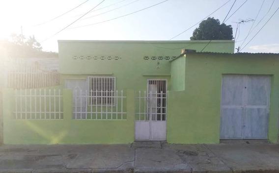 Casa Economica Santa Rosa 04126835217