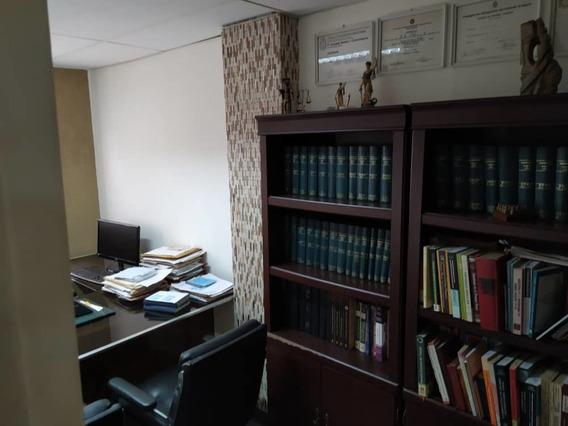 En Venta Amplia Oficina Para Ocupar Ya En Maracay Edo Aragua