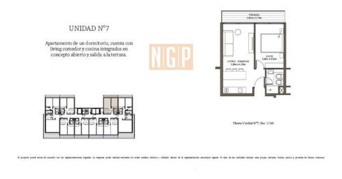 Apartamento En Mansa, 1 Dormitorios *- Ref: 18506