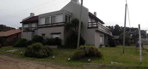 Casa A Mts Del Mar. Pinamar