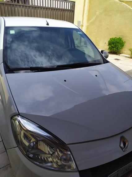 Renault Sandero 1.6 16v Privilège Hi-flex Aut. 5p 2012