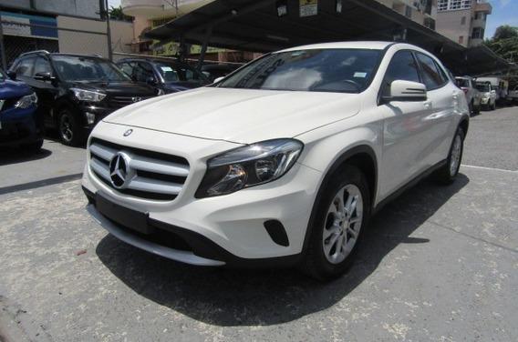 Mercedes Benz Gla180 2017 $20500