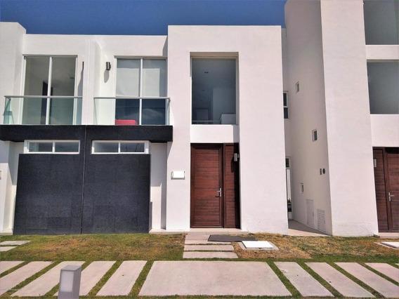 Casa En Venta En Zakia, El Marques, Rah-mx-21-833