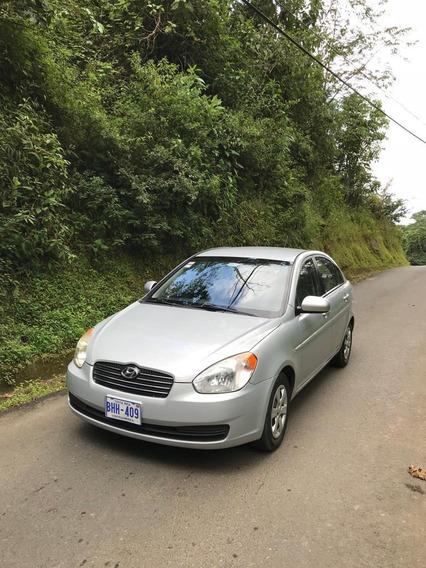 Hyundai Accent Americano 2010