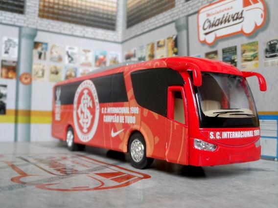 Miniatura Ônibus Internacional -em Metal -time De Futebol