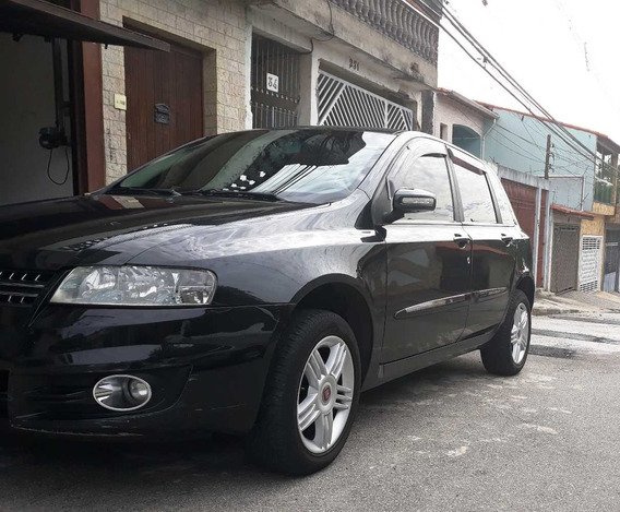 Fiat Stilo 1.8 8v Flex 5p