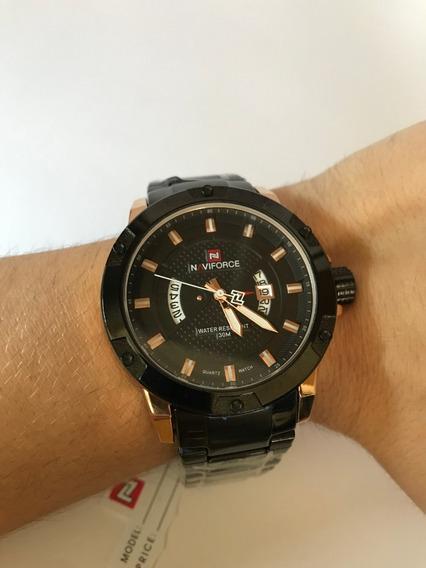 Relógio Naviforce - Novo - Preto/dourado - À Prova D