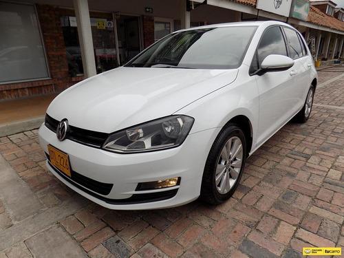 Volkswagen Golf Trendline 1.6cc Mt Aa
