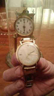Reloj Antiguo ,caja De Oro Marca Universal